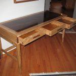 3 Drawer Desk 2